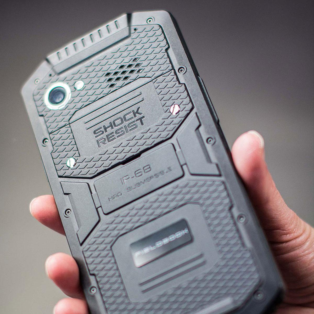 20-Fieldbook-F1-rugged-professional-smartphone-back-hand